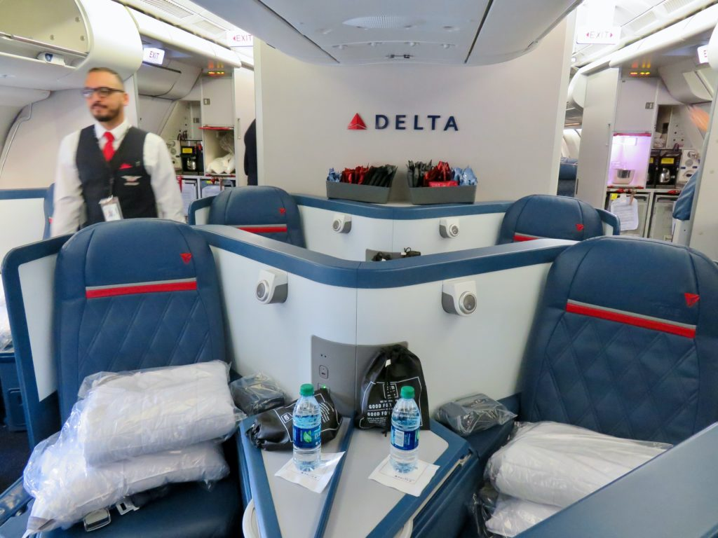 This image has an empty alt attribute; its file name is 12-Delta-One-business-class-1024x768.jpg