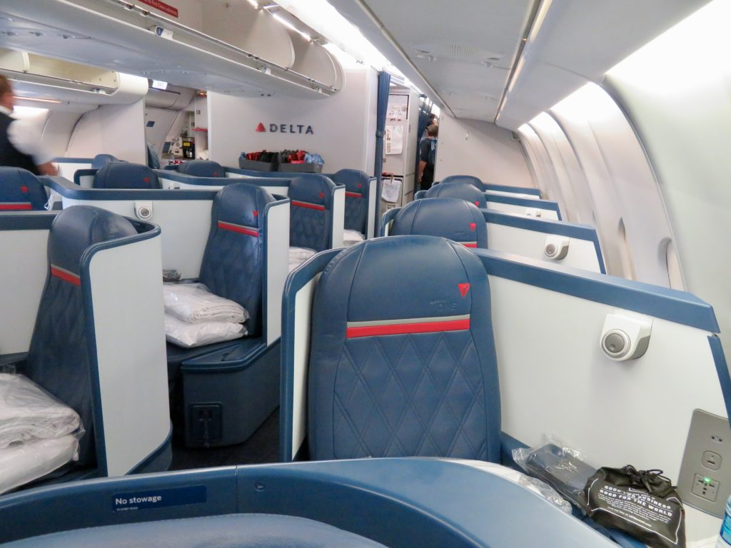 This image has an empty alt attribute; its file name is 9-Delta-One-business-class-1024x768.jpeg